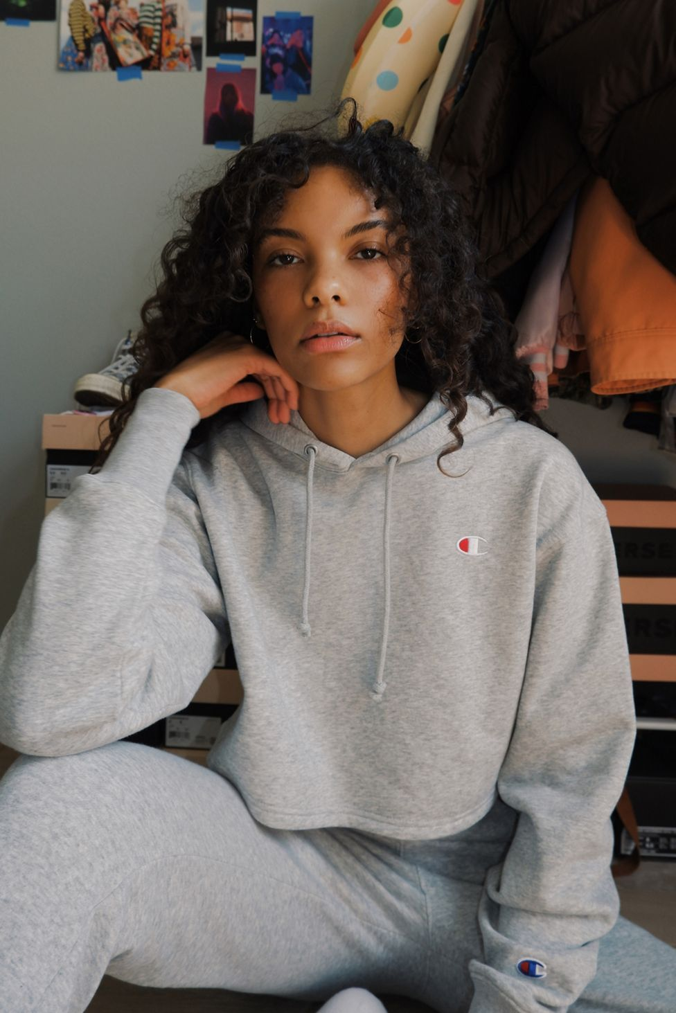 Champion Uo Exclusive Cropped Hoodie Sweatshirt Urban Outfitters Crop Sweatshirt Hoodie Cropped Hoodie Sweatshirts Hoodie [ 1463 x 976 Pixel ]