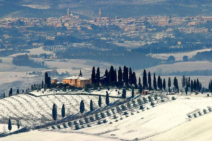 Toscana In Inverno Siena Da Lontano Toscana Italia Toscana Viagem Turismo