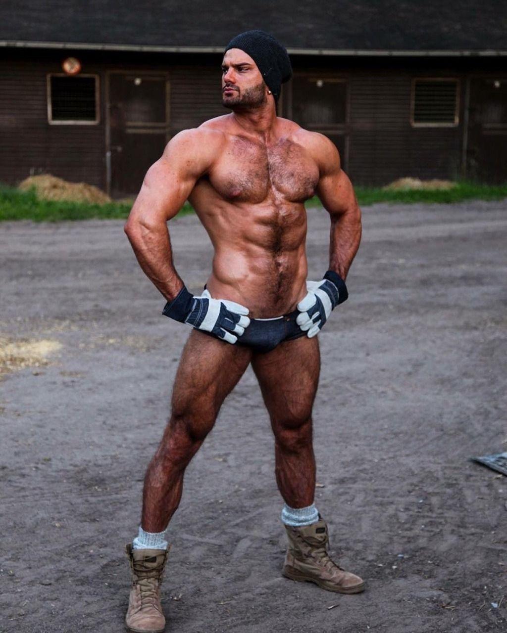 Lebannese guy nude photo