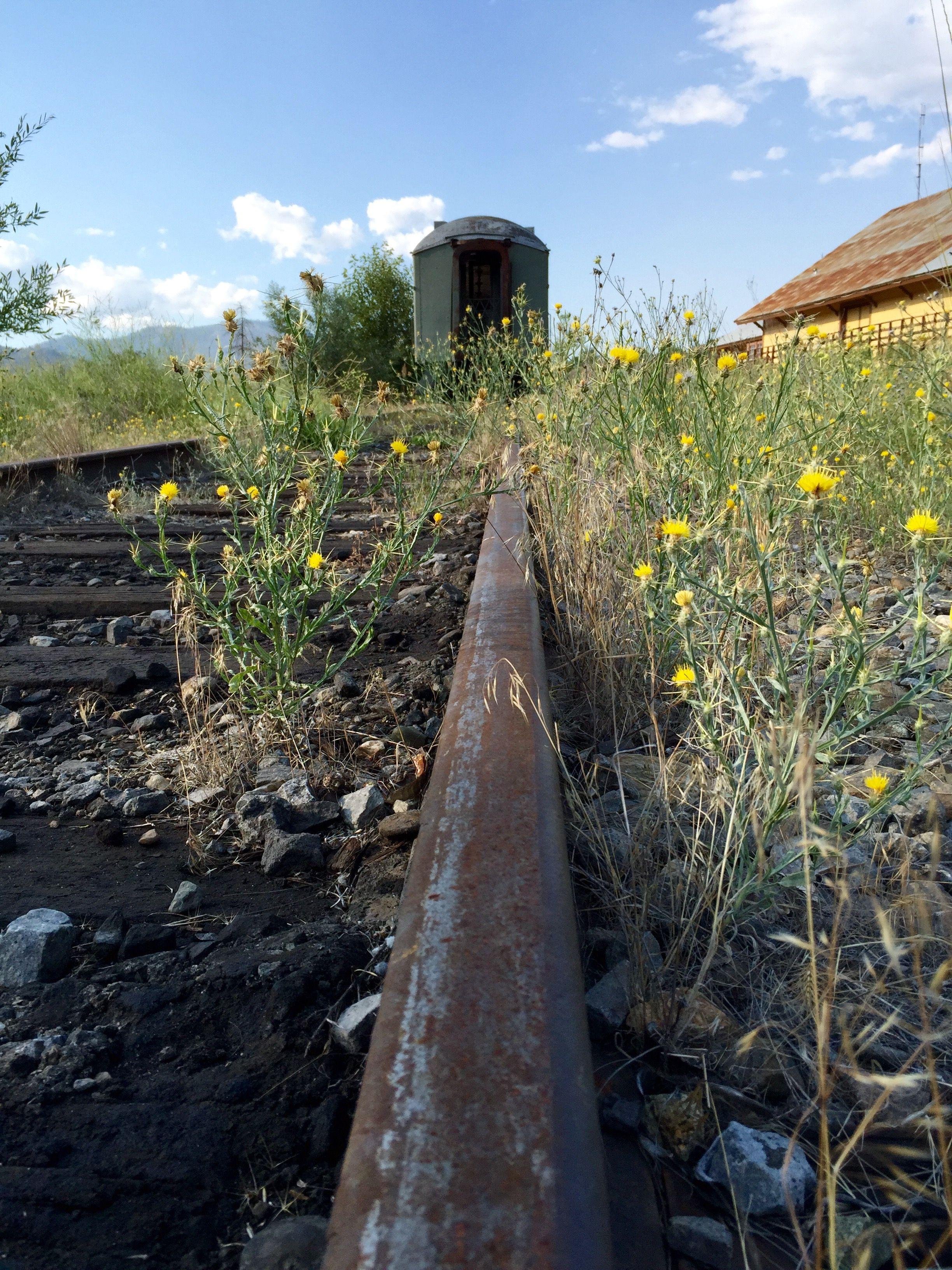 Abandoned passenger rail car Yreka California