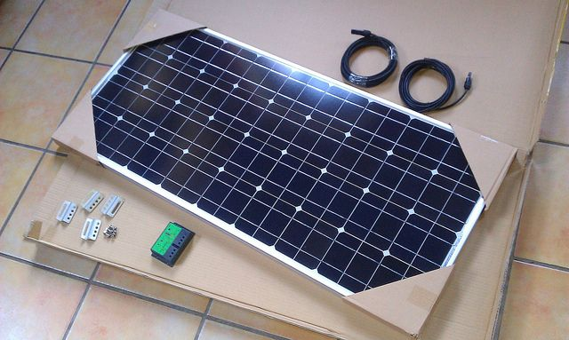 12 Volt 100w Kit With 10 Amp Regulator Www Motorhomesolarpanelkits Co Uk Apparently It Isevident Tha Most Efficient Solar Panels Solar Power Kits Solar Kit