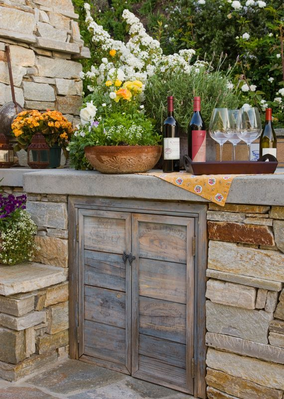 Sundowner Estates Outdoor Kitchen Firepit And Pavers California Smartscape Backyard Patio Modern Backyard Backyard Seating Area
