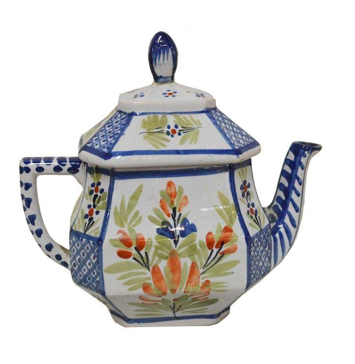 Quimper pottery, tea pot