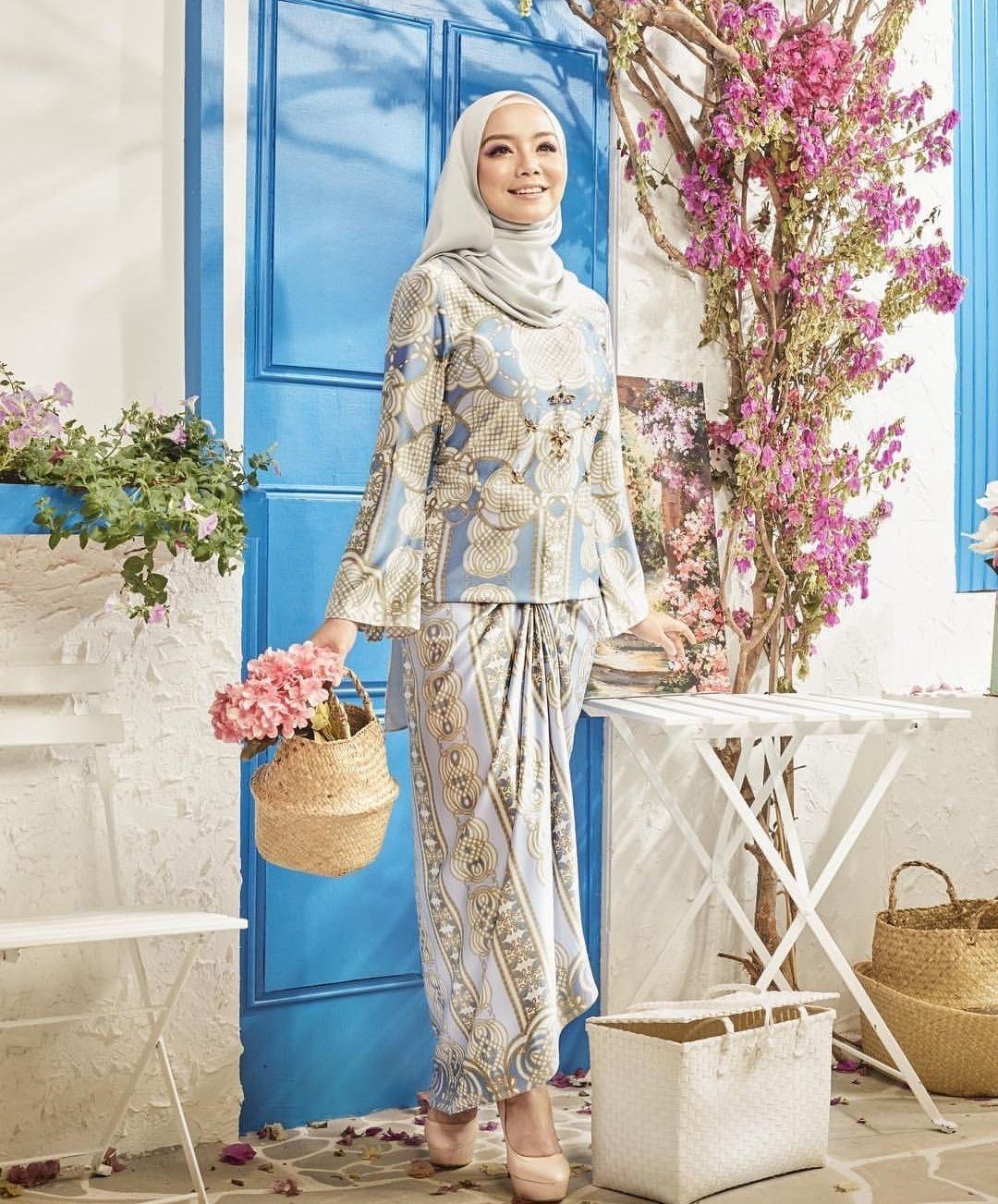 Fantasi Artis Malaysia in 12  Fashion, Muslimah fashion