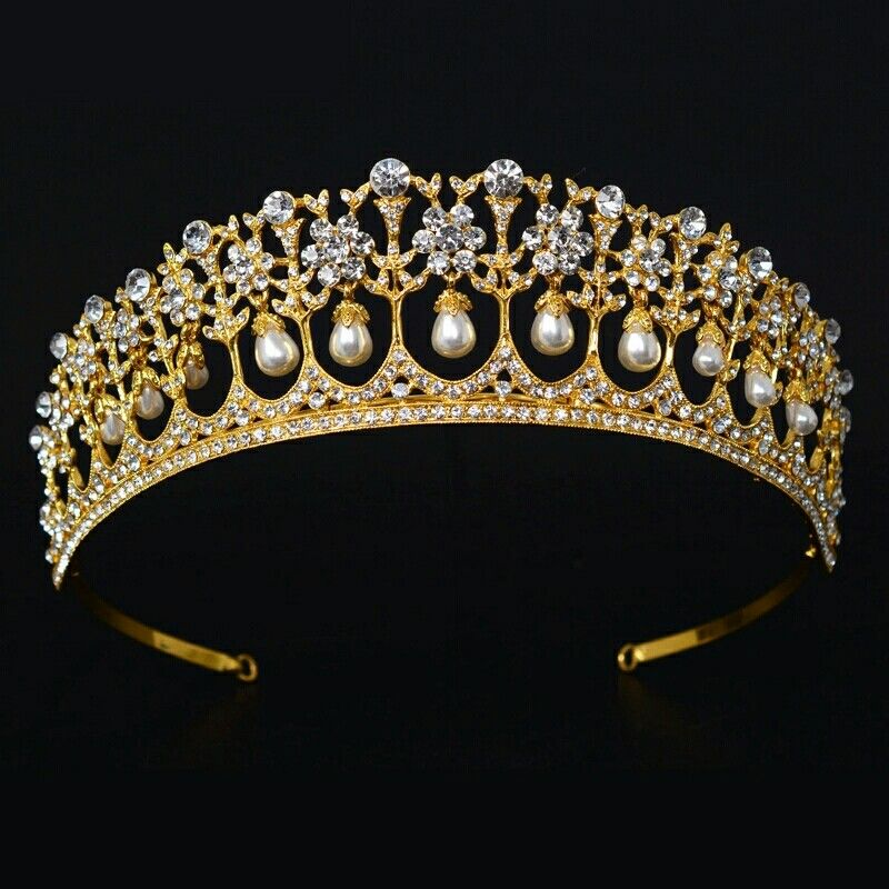Gold Luxury Bridal Crystal Pageant Tiara Crown Princess Queen Prom Rhinestone Veil Tiara Headband Wedding Hair Accessories  http://s.aliexpress.com/AzqmiUbY  (from AliExpress Android)