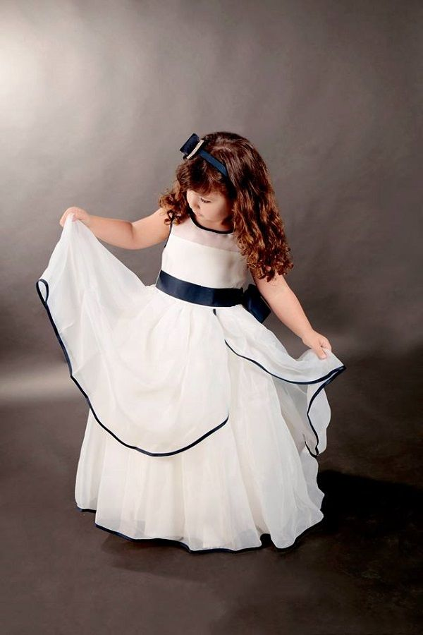 Vestido Infantil Azul e Branco / Mais informações Whatsapp: (41) 8536-6597