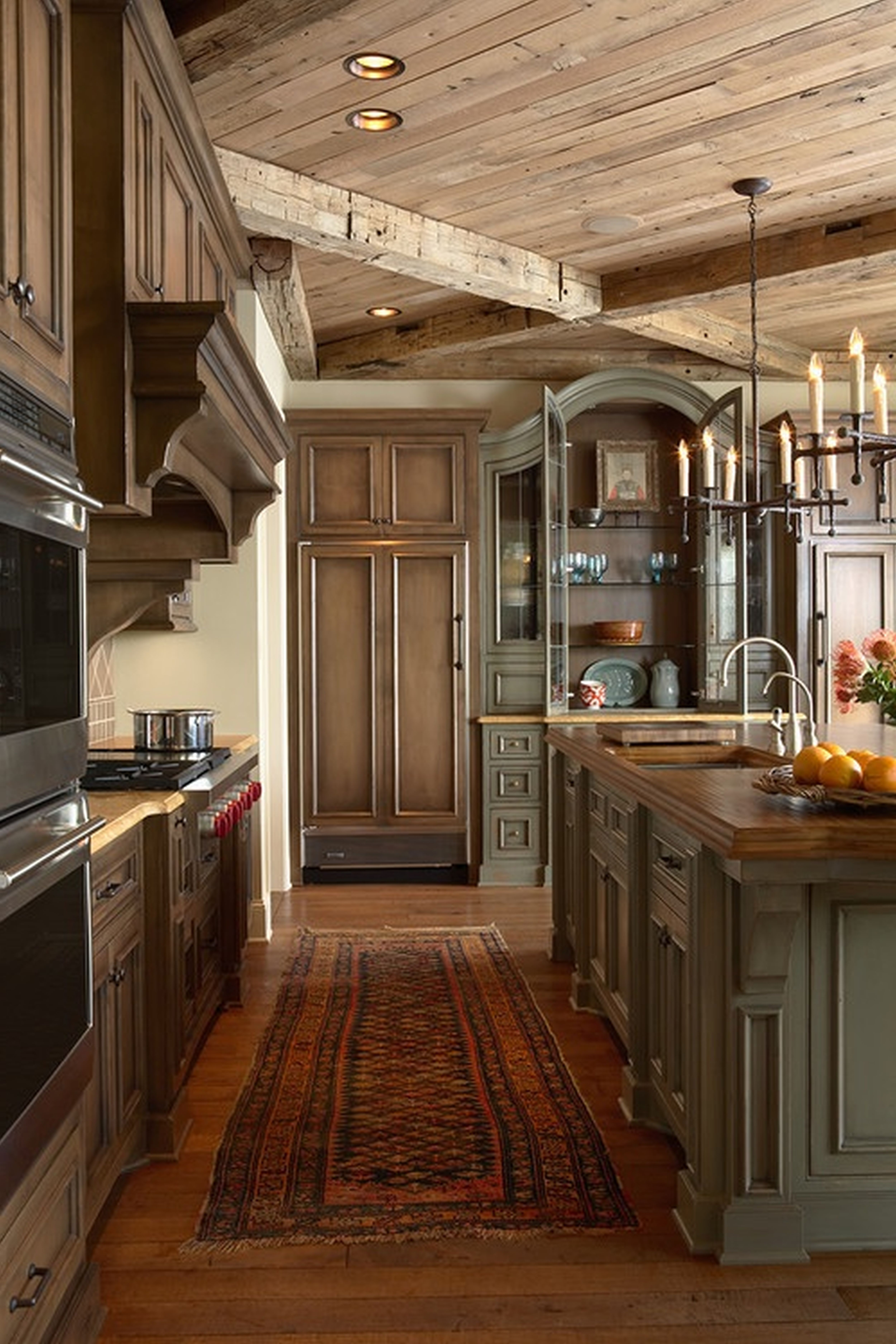rustic ffooty kitchen cabinets