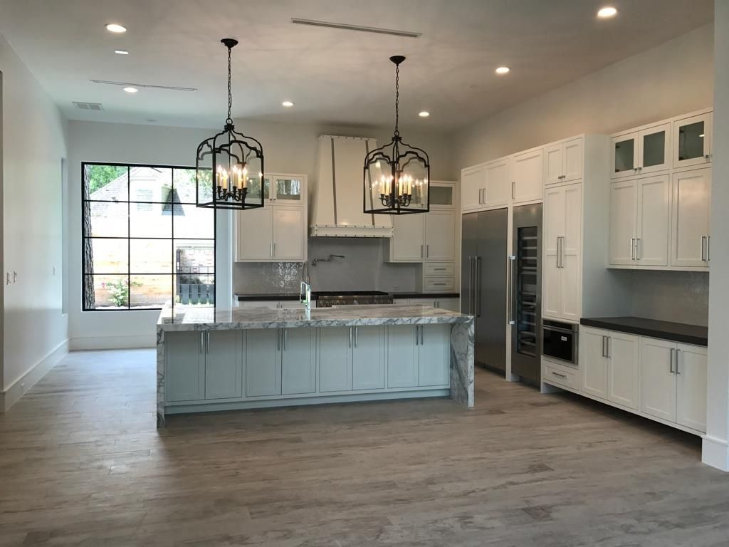 Awesome 13 Legend Lane Houston, TX 77024: Photo Impressive Kitchen With Pewter Quartz  Countertops And
