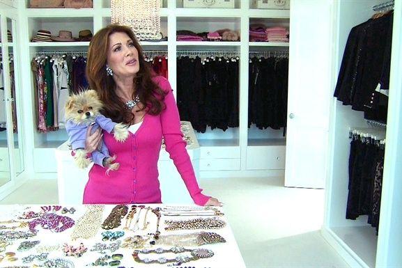Lisa Vanderpump Literally Obsessed With Her She Is So Funny Celebrity Closets Walk In Closet Inspiration Lisa Vanderpump