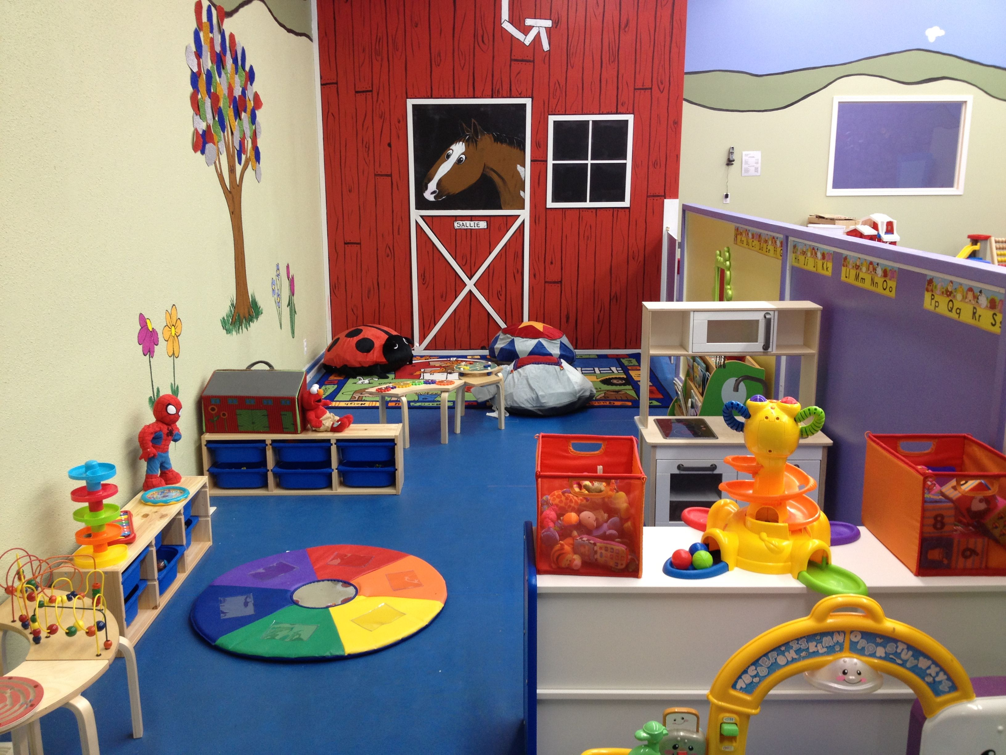 Half Walls To Separate Daycare From Preschool Good Idea Adults Can See Over The Top But Kids Cant Daycare Decor Daycare Design Infant Daycare