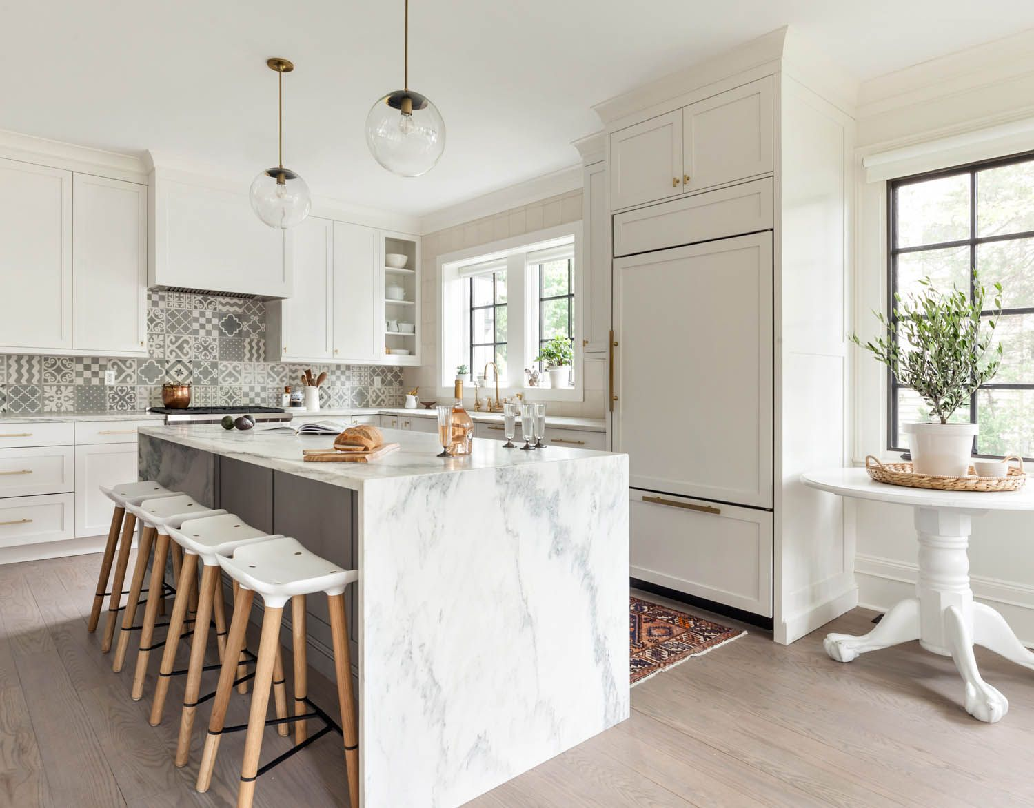 A Designer at Home: Birgitte Pearce's Dutch Colonial | Rue ...
