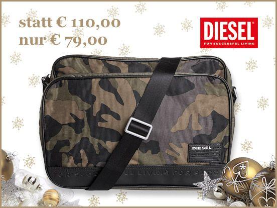 Lässige Herrentasche im angesagten Camouflage-Design. Mehr Infos findet Ihr hier: http://www.trendor.de/de/diesel/handtaschen-taschen/diesel-potsie-twice-tasche-camouflage-x02404/ #Diesel   #Tasche   #Camouflage   #Geschenk   #Weihnachen   #trendor