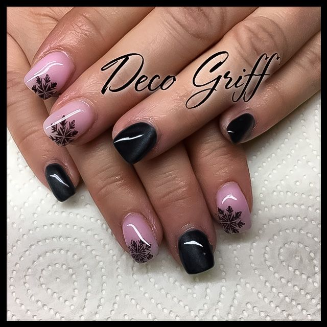 ongle plein noir rose nail art design classe ongle deco griff 39 pinterest ongle deco noir. Black Bedroom Furniture Sets. Home Design Ideas