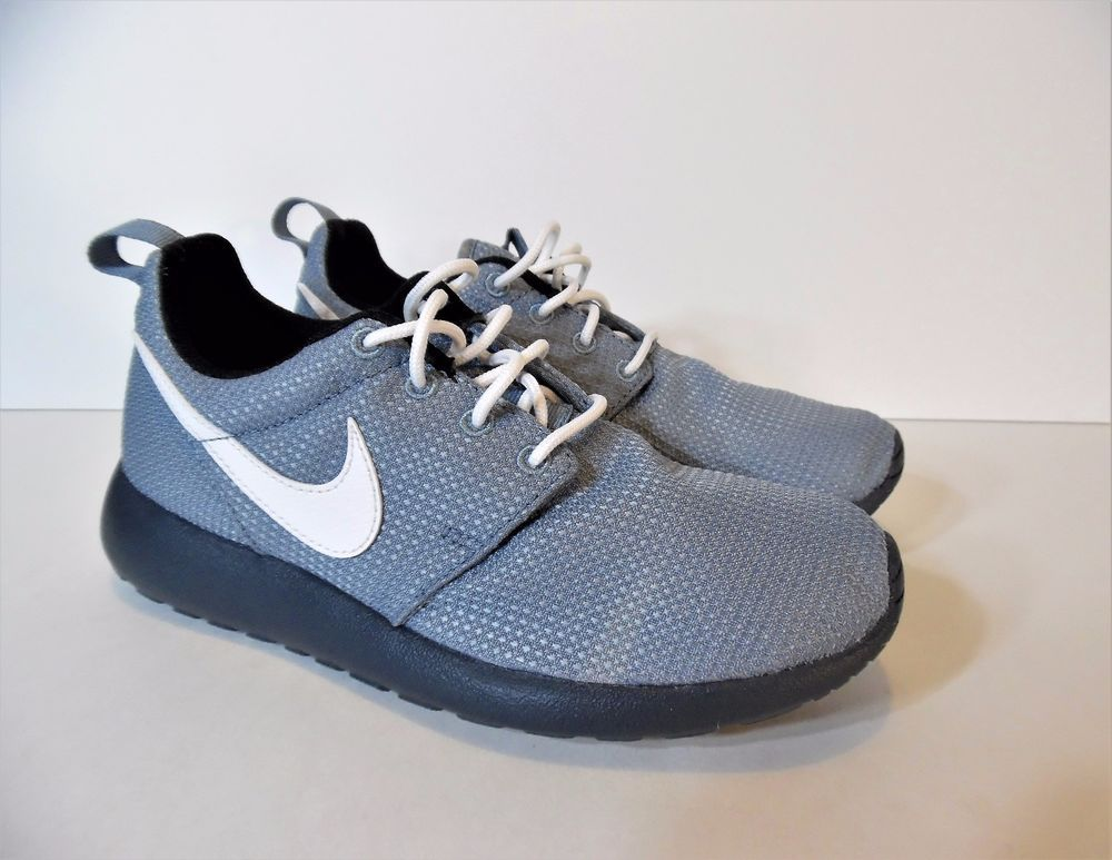 the best attitude 3369d 0567a NIKE ROSHE RUN MAGNET (599728-015) GREY WHITE BLACK DARK MAGNET GREY BOYS  SIZE 4  Nike  SportsTrainers