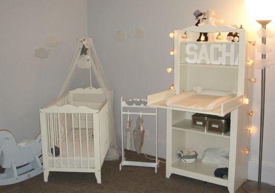 Chambre denfants id es pour les chambres de b b chambre for Disposition meuble chambre bebe