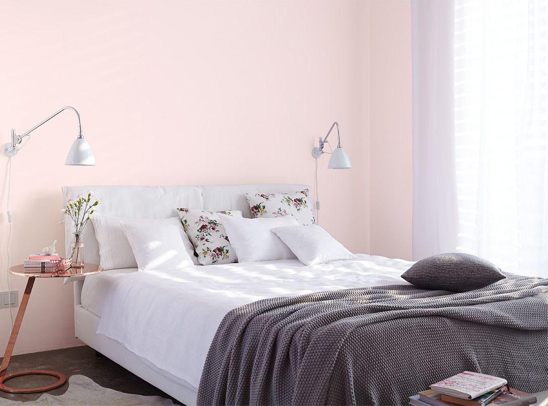 Alpina Feine Farben No 24 Zarte Romantik Mit Ihrer Milden Zartheit Verstromt Diese Pastell Nuance Ein Ha Zimmer Schlafzimmer Farben Schlafzimmer Einrichten