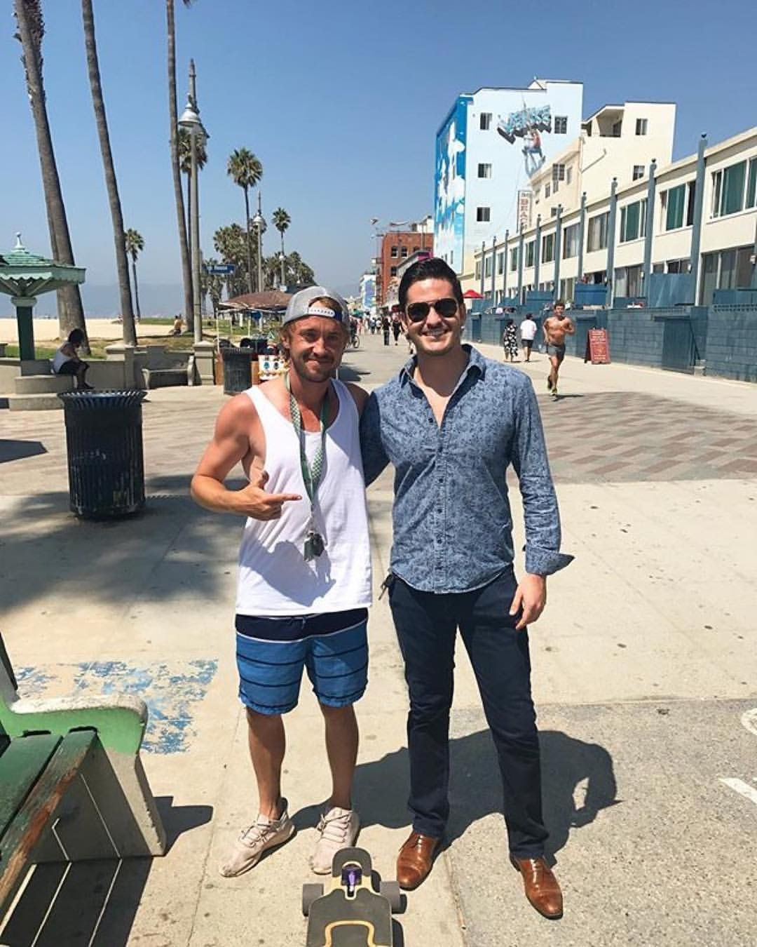 Tom In Venice With Fans