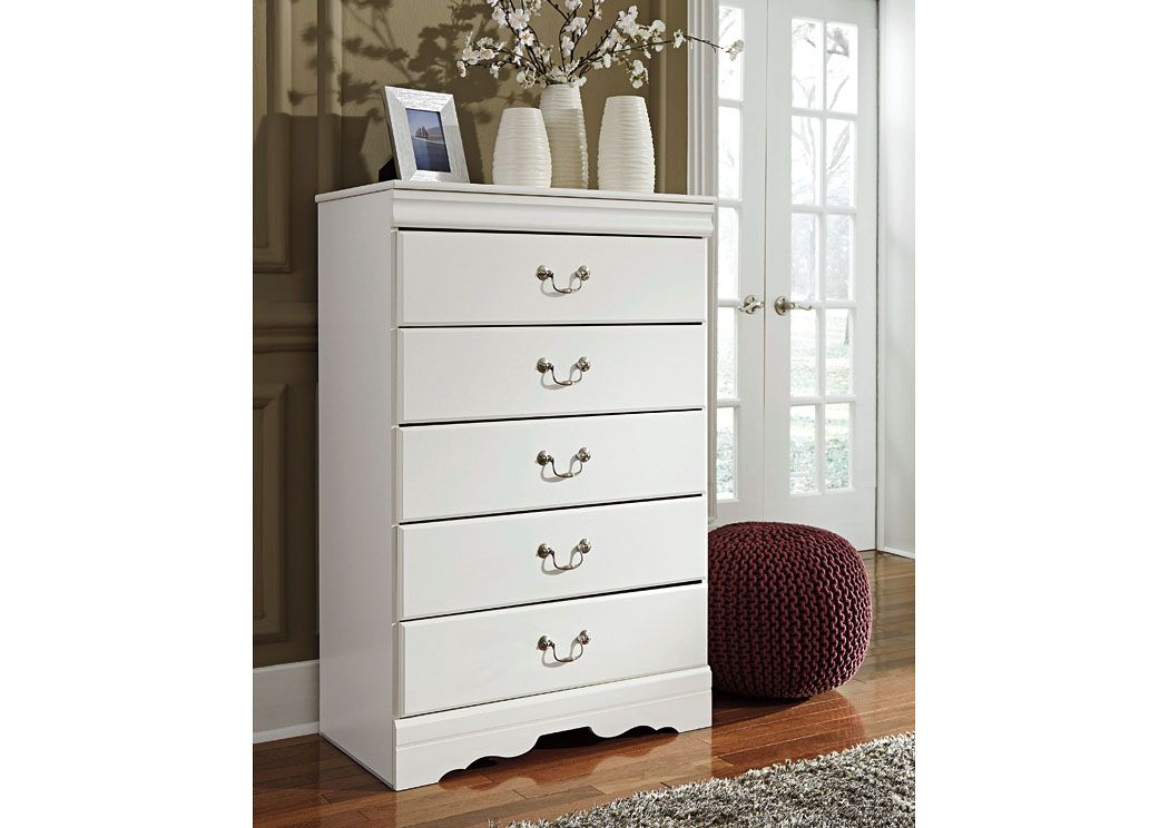Best The Anarasia Chest Of Drawer S Crisp Cottage White Gives Traditional Louis Philippe Profiling A 400 x 300