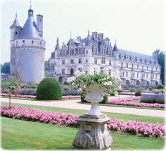 Resultado de imagem para imagens de castelos na frança