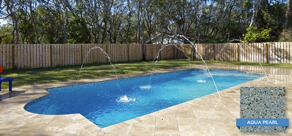 Sunstone Pearl Aqua Brightens Up This Backyard In Florida Swimmingpool Pool