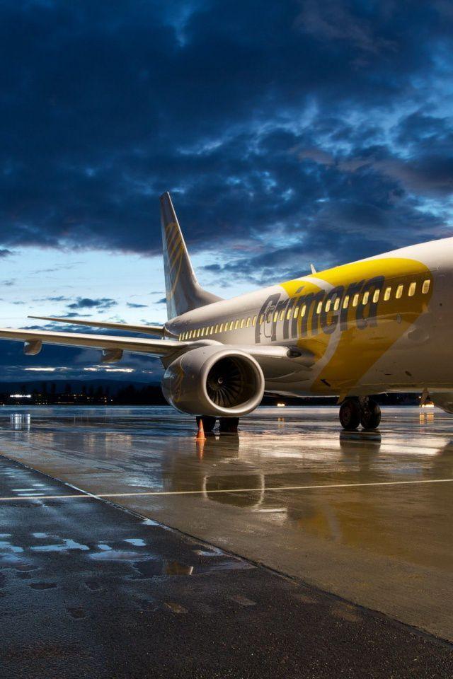 Boeing 737 On Ground Smartphone Wallpaper | Landscapes | Airplane wallpaper, Airplane, Airplane ...