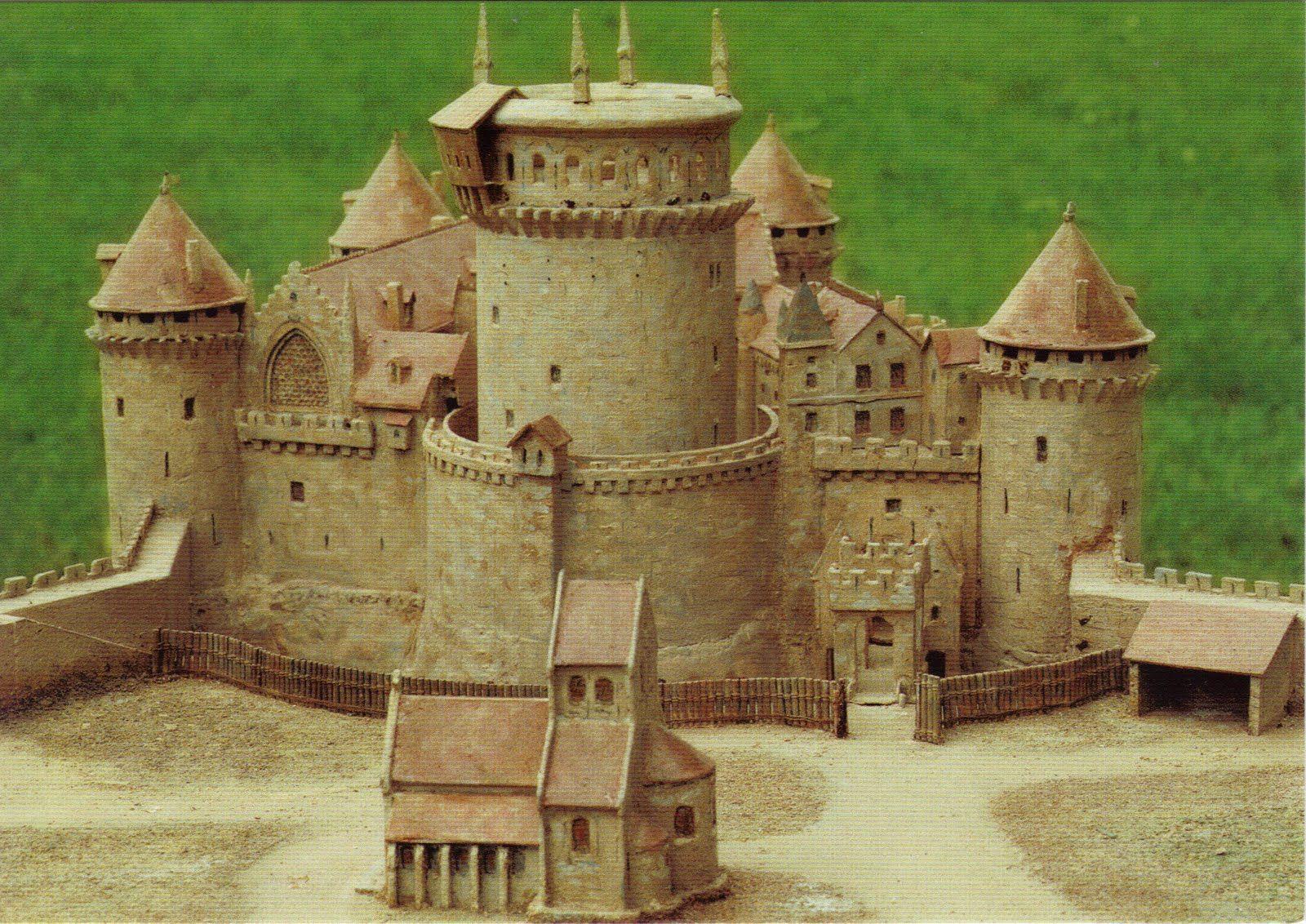 model castle - Google Search | Model castle, Medieval houses