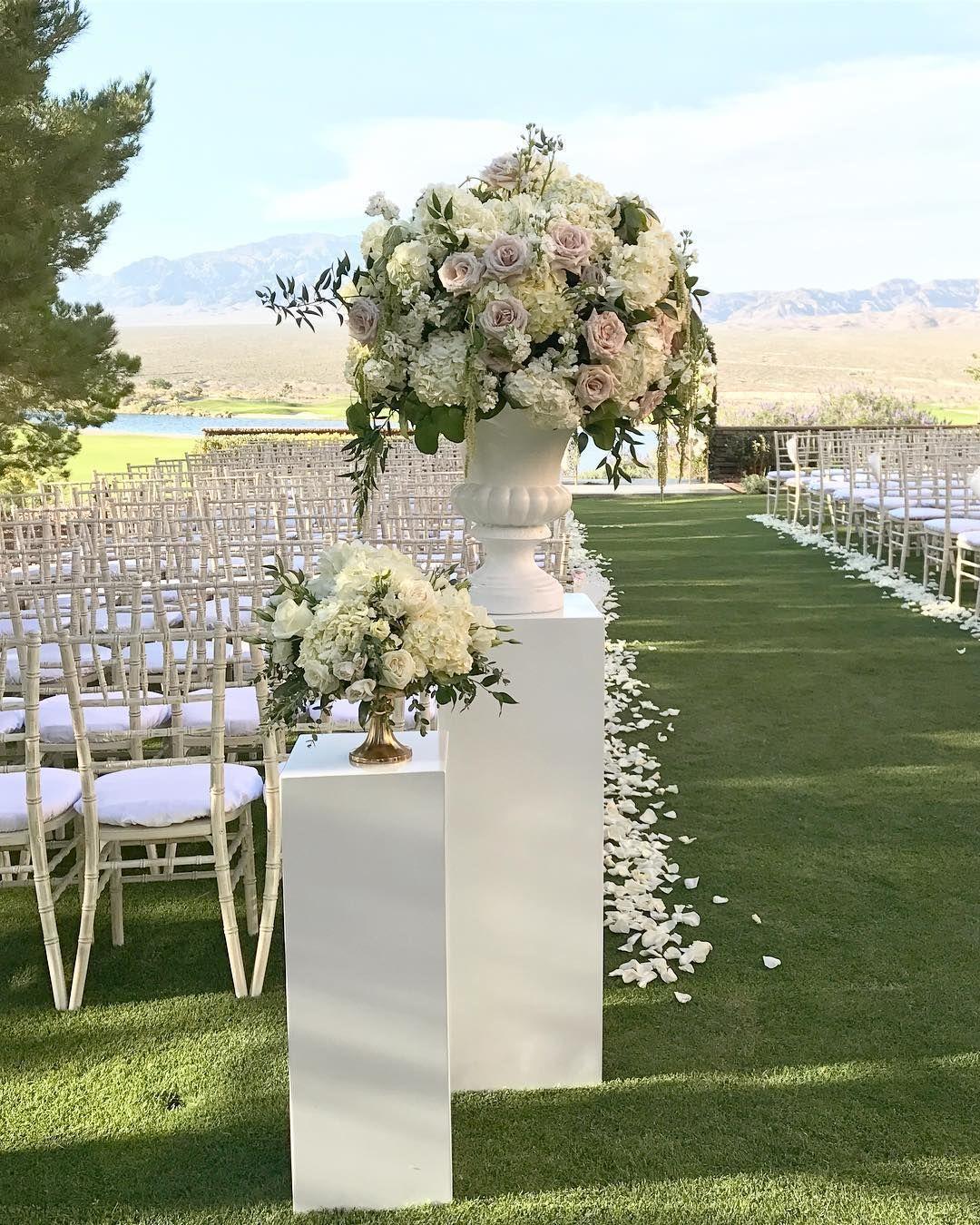 Stylish Wedding Ceremony Decor: Pin By SPANISH STYLE HOMES On Ceremony