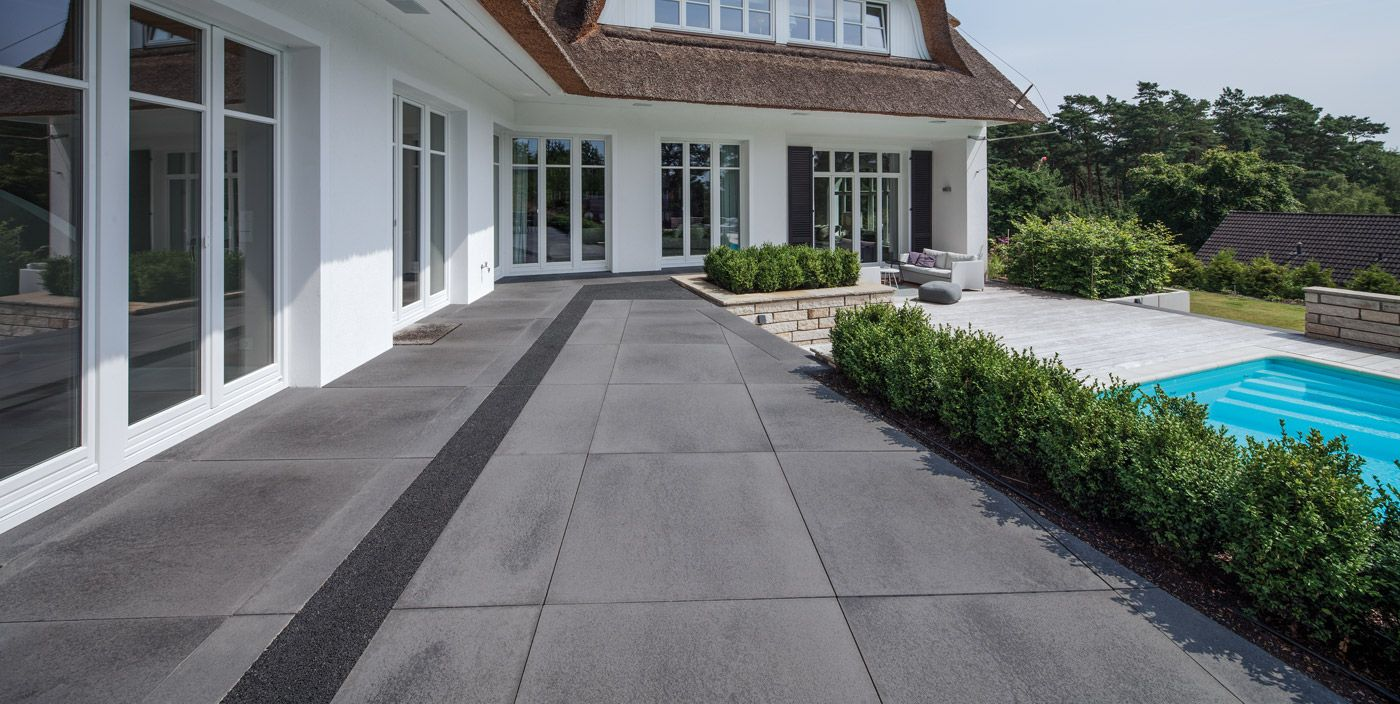 Hochwertige Pflastersteine Und Terrassenplatten Aus Beton Und ... Gartengestaltung Ideen Mit Einfahrt
