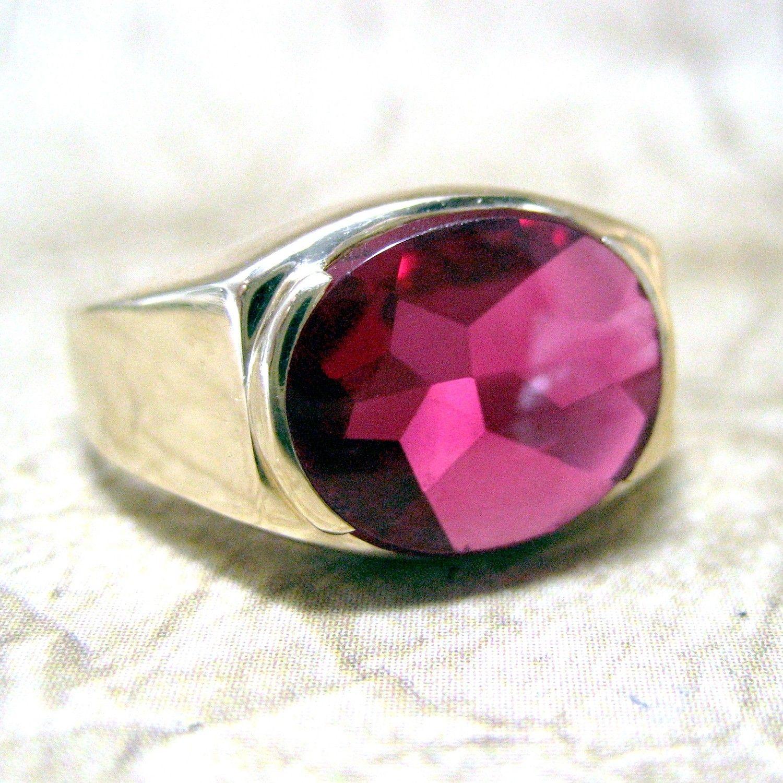 Vintage Mens Gold Synthetic Ruby Ring Circa 1970 Mens