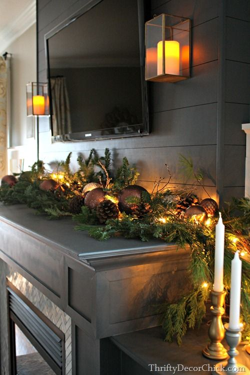 A Christmas Holiday Home Tour by Thrifty Decor Chick you don\'t want ...