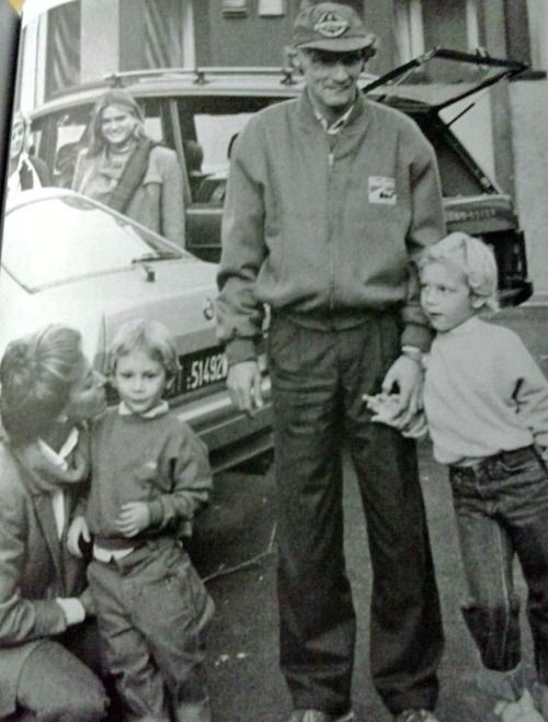 Niki and Marlene with their two children