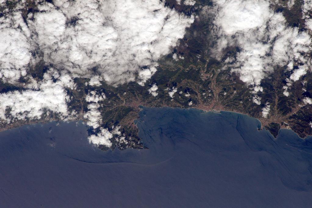 Sam Cristoforetti @AstroSamantha Hello Liguria! #Italy / (IT) Ciao Liguria!