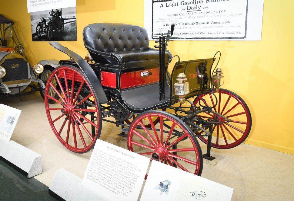 1894 Black Charles H Black Of Indianapolis Was Given A Ride In Neighbor S Benz In 1891 Which Immediately Sparked In I Horse Drawn Wagon Horse Drawn Car Ins