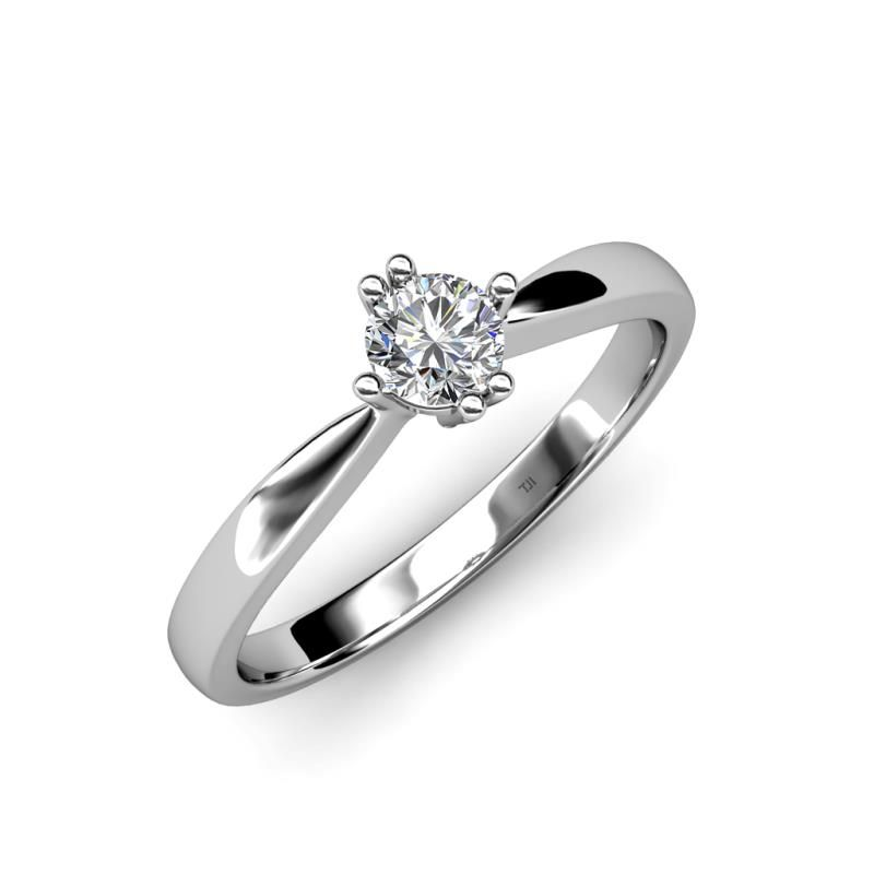 This Vintage 0.50 ct Engagement Ring has the style and grace fit for the Queen in which a beautiful Blue Sapphire is secured comfortably with Six Prong which is beautified by alternate double and single prong alignment.
