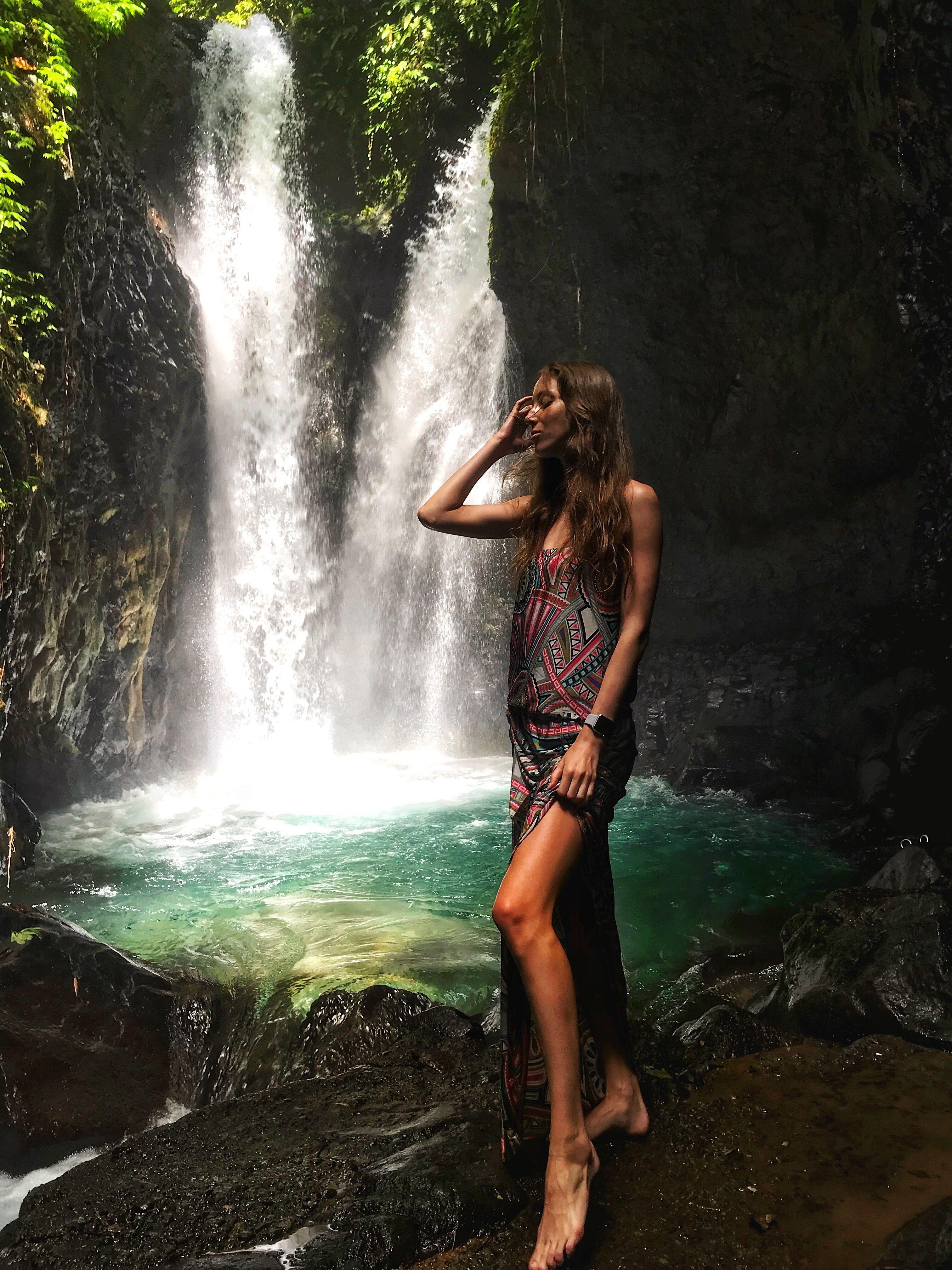 bali indonesia waterfall girl gitgit девушка