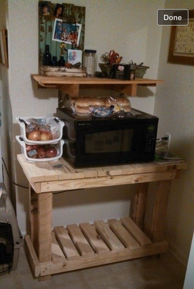 2x4 Pallet Microwave Stand