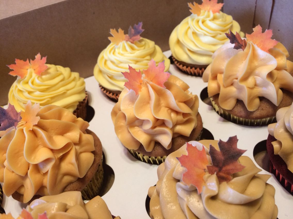 Fall wedding Cupcakes w/edible sugar paper leaves