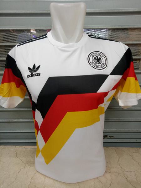 Jersey Retro Jerman Home Piala Dunia 1990 Grade Ori Retro Football Soccer Jersey Jersey
