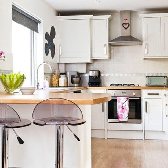 Be Inspired By Katey S Vibrant And Welcoming Home Ideal Home Kitchen Design Small Kitchen Bar Design Breakfast Bar Kitchen