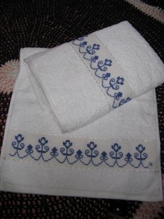 Cenefas punto cruz buscar con google cross borders pinterest punto de cruz punto and - Cenefas punto de cruz para toallas de bano ...