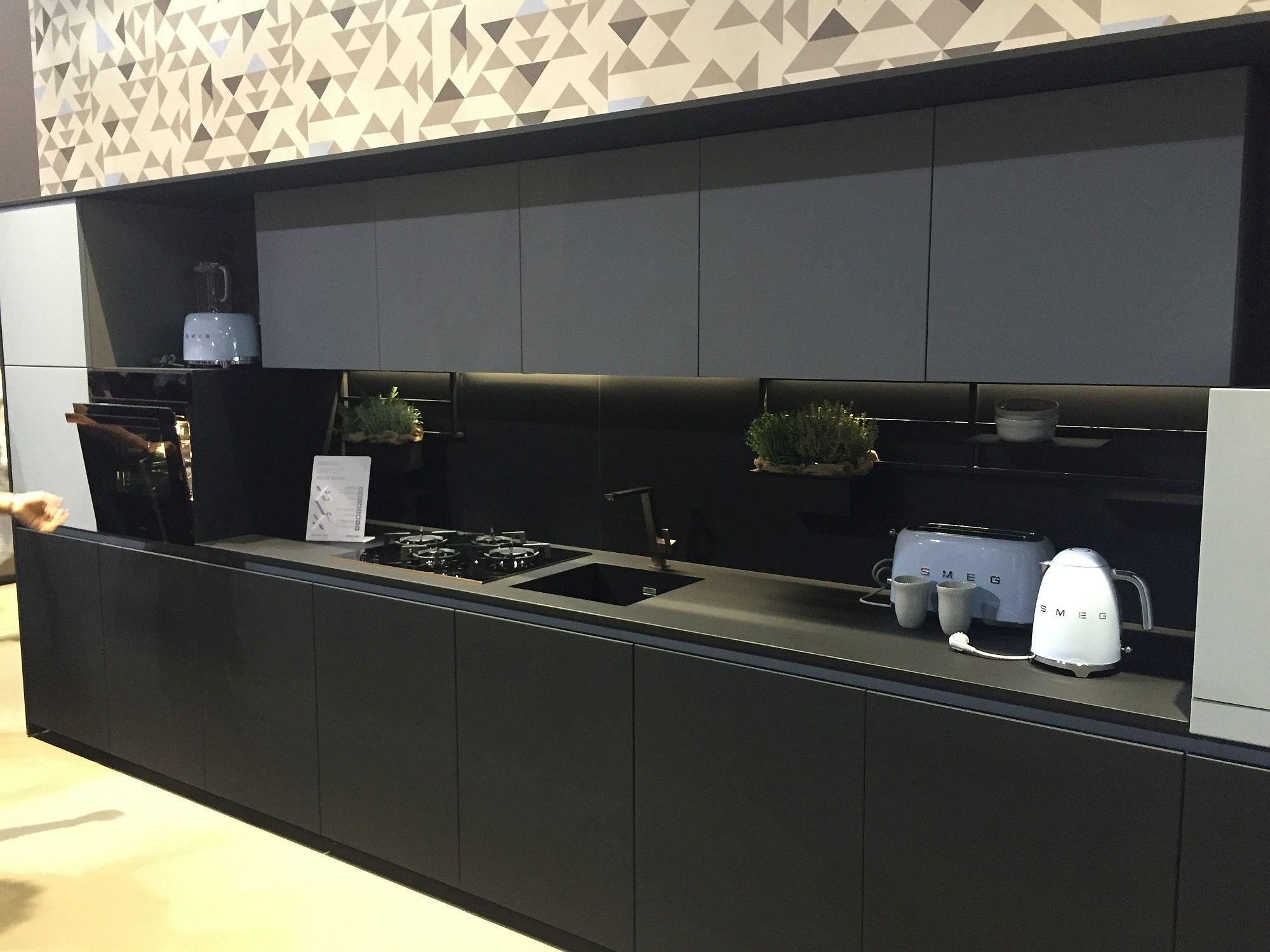 Küchenideen mit schwarzen schränken moderne ein wand küche küche insel wand eine wand küche layout mit