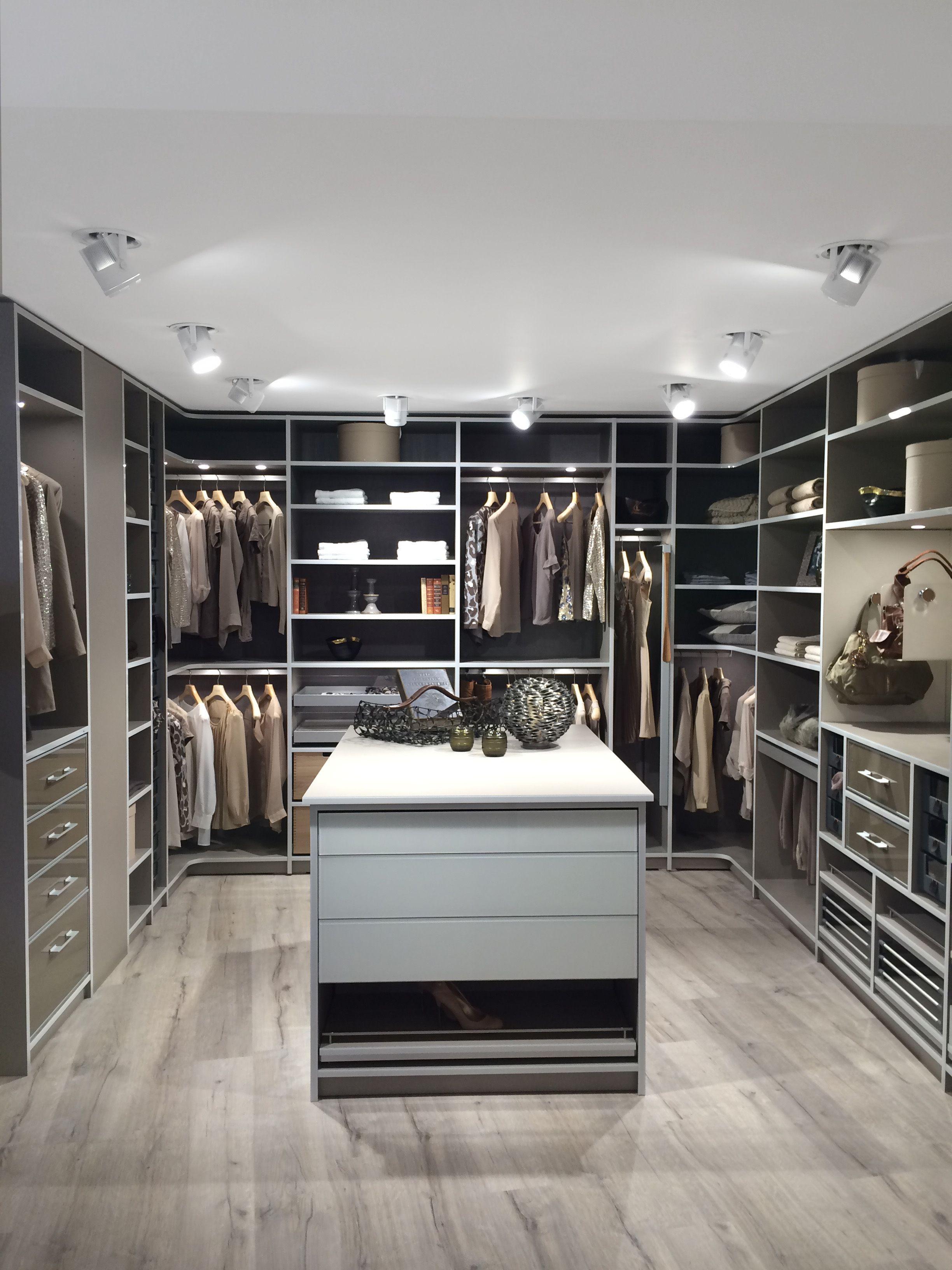 Gewinnt Den Wohnidee Leseraward 2019 Schrankdekoration Schrank Design Und Luxus Kleiderschrank