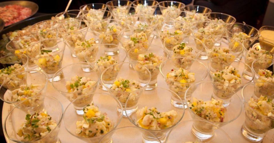 Ceviche de Frutos do Mar em Tacinhas; da Neka Gastronomias (www.neka.com.br)
