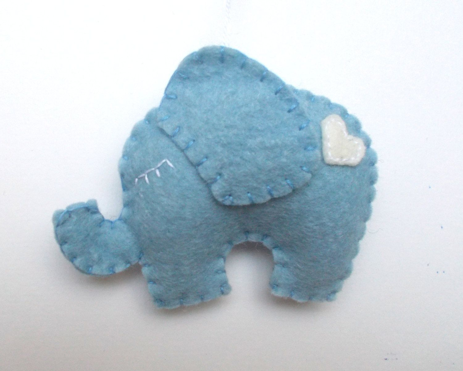 Lovely Elephant ornament - felt ornaments - Christmas/Housewarming home decor - Baby shower ornaments - Blue elephant with white heart - pinned by pin4etsy.com