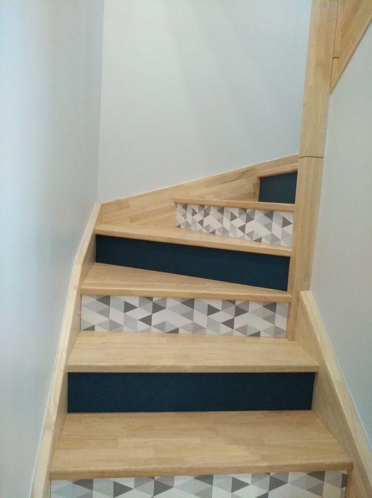 Customisation Contres Marches Escalier Avec Du Papier Peint
