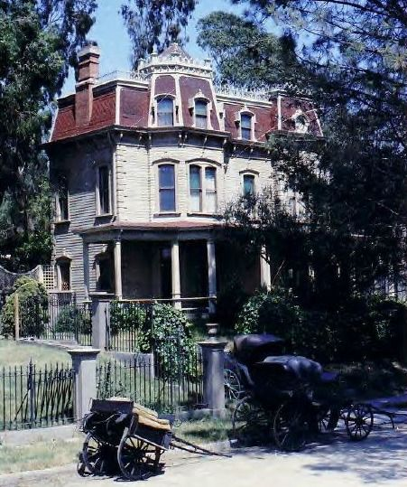 """Haunted Abandoned Places In St Louis: """"Meet Me In St. Louis:"""" The Victorian On Kensington Avenue"""