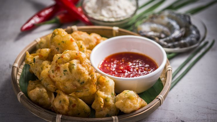 Prawn fritters and sauce canaps recipes pinterest asian food munch on this fast and easy prawn recipe by nik michael imran from cooking for love forumfinder Gallery