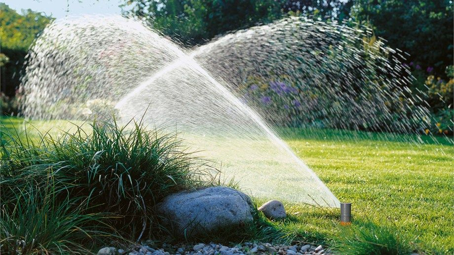 dad6d00e91ed38c10a5ec6da38ec9c01 - Gardena Pop Up Sprinkler S 80