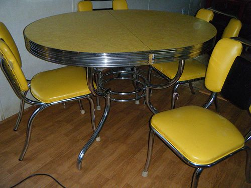 Superior Yellow Formica Table On Vintage Design