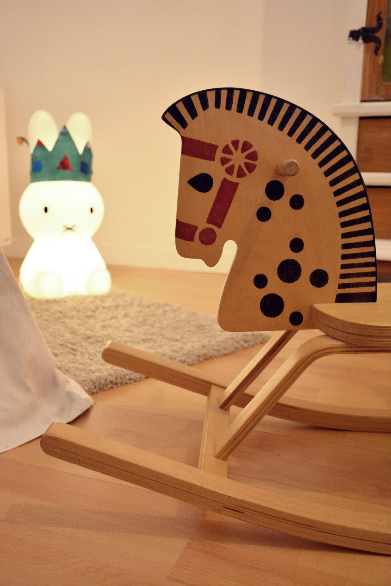 tuto fabriquer soi m me un tipi jolis biais pinterest fabriquer soi meme tuto et tentes. Black Bedroom Furniture Sets. Home Design Ideas